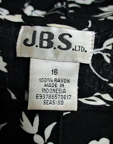 J.B.S. womens Sz 16 S/S black WHITE FLORAL keyhole 3/4 ZIP back PLEATED top (K)