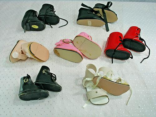 Vintage Doll Shoe LOT of 7 Pairs Colored Shoes Black Red Pink White Sandals # 3