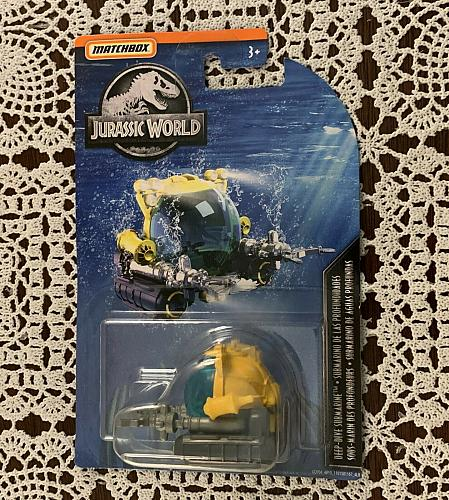 Brand New Matchbox Jurassic World Deep Dive Submarine Ages 3 and Up For Charity
