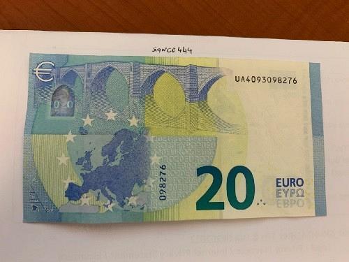 Italy Draghi 20 euro circulated banknote 2015 #3