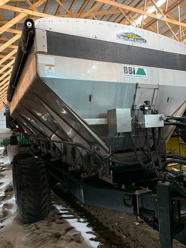 2013 BBI Magna Fertilizer/Lime Spreader