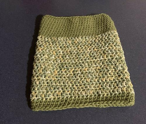 Brand New Hand Crocheted Green Dog Snood Neck Warmer For Dog Rescue Charity