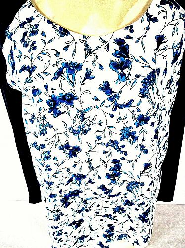 French Connection Women's Medium Long Sleeve Blue White Floral Top (E)