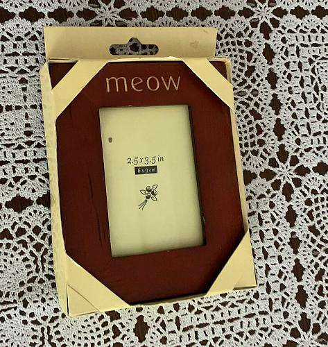 Rosewood Cat Meow Photo Frame 4 x 5 Inch Wilton Industries 4 Dog Rescue Charity