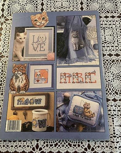 Leisure Arts Leaflet 2821 Cats Galore 66 Adorable Cross Stitch Designs 4 Charity