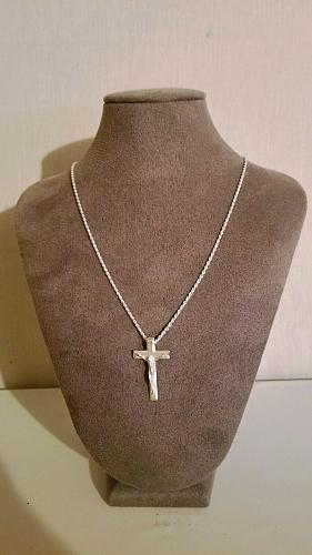 ".925 Silver Beveled Crucifix w/ .925 Italian 22"" Silver Rope Chain"
