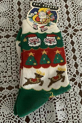 Brand New Ladies Shoe Size 5-9 Ben Berger Santa Claus Christmas Crew Socks