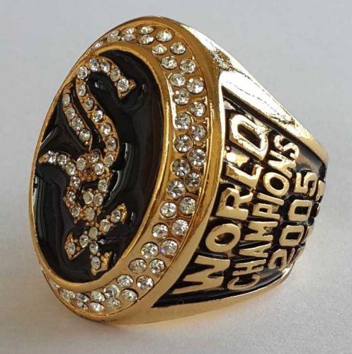 2005 Chicago White Sox MLB Baseball Championship Ring size 11 US Player Konerko