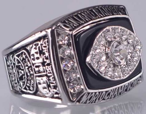 1976 NFL Super Bowl XI Oakland Raiders Super Bowl Championship Ring Size 10 US