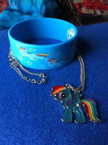 "My Little Pony: Friendship is Magic ""Rainbow Dash"" Bracelet + Necklace Hasbro"