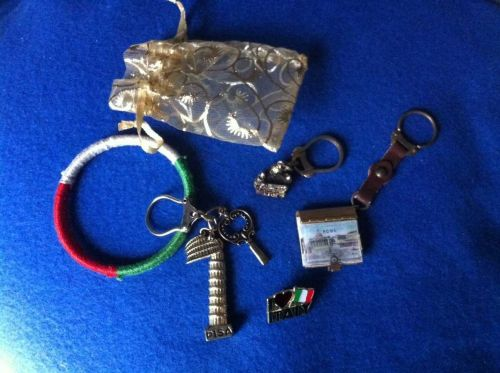 Lot of Vintage Italy Souvenirs Pisa Venice Rome Keychains Pin