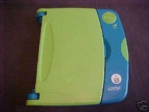 Leap Pad Leap Frog portable LEARNING SYSTEM w/Headphones case electronic console