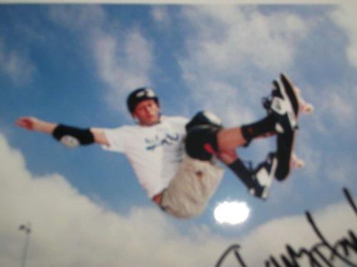 TONY HAWK SIGNED PHOTO PRINT