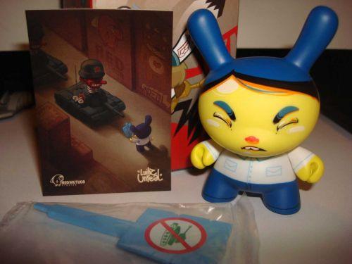 "Kidrobot Dunny 3"" 2014 Art of War Luihz Unreal 1/20 Vinyl Art Figure Toy"