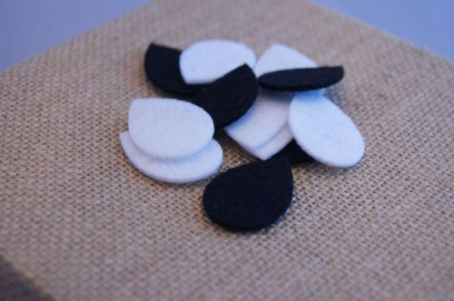 Tear Drop Shaped Replacement Pads for Diffusing Mama's Aromatherapy Lockets