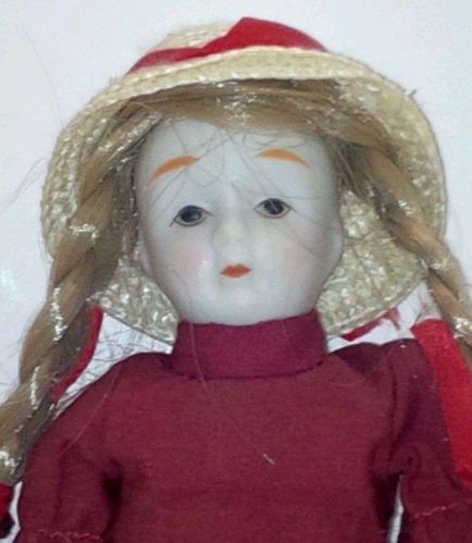 Porcelain Doll (Ornament) Early Vintage / Good Condition