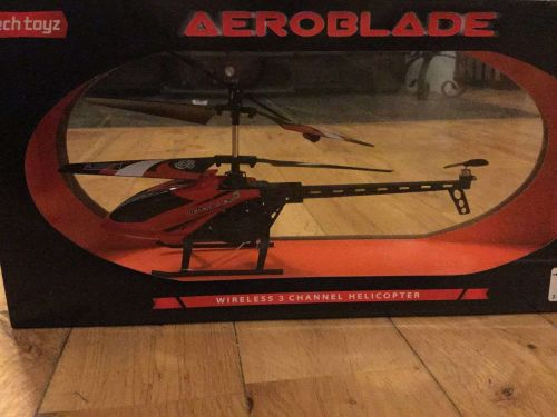 Aeroblade Wireless 3 Channel Helicopter, Rechargeable, LED lights -Fast Shipping