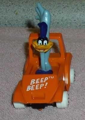 Looney Tunes Road Runner driving race car Warner Brothers Die Cast Metal MIB