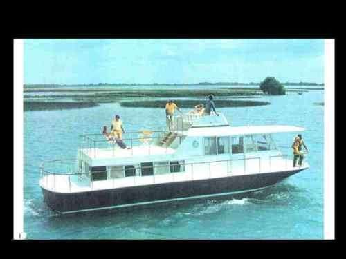 CHRIS-CRAFT AQUAHOME HOUSE-BOAT MANUALs & Paragon Houseboat Outdrive Service