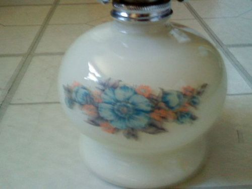 VINTAGE MILK BASE WITH FLOWERS AND CLEAR GLASS HURRICANE TABLE LAMP
