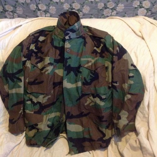 Army Cold Weather Field Jacket Sz Med Short EUC