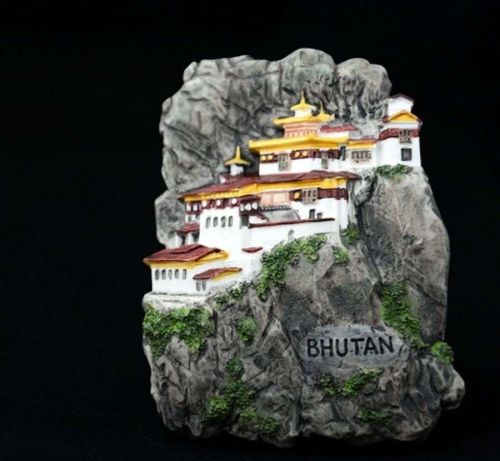 3D SCULPTURE FRIDGE MAGNET MEMORIAL PLACE TIGER'S NEST BHUTAN COLLECTIBLE GIFT