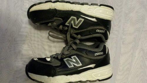 New Balance 2000 Toddler Boys Size 7 Navy Blue Gray