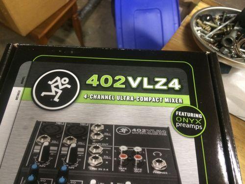 Mackie Mixer V02VLZ4 Compact Mixer