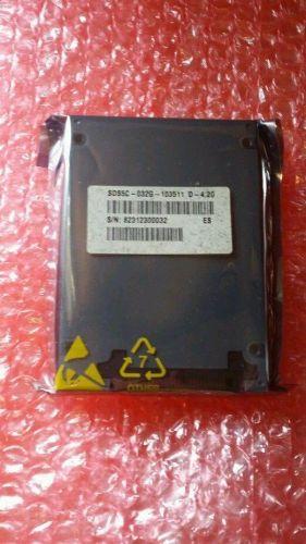 NEW SanDisk 32GB SSD SATA Laptop Desktop SMART - SDS5C-032G oem 2.5