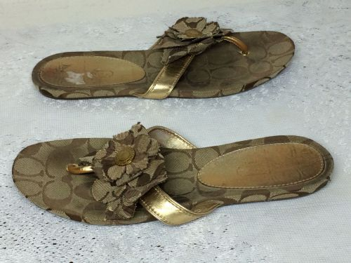 COACH SIGNATURE BROWN THONG SLIPPER SIZE 8