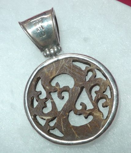 """CARVED IN WOOD pendant STERLING 925 SILVER signed """" ATI ID """""""
