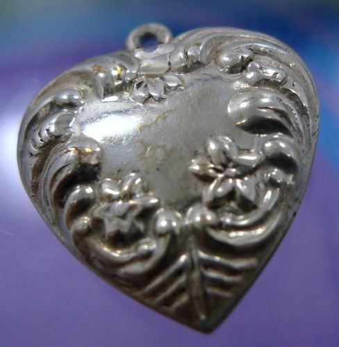 vintage CHARM : PUFFED HEART - STERLING SILVER - MARSALA