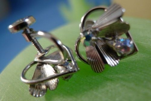 Vintage Screw Back Earrings : Sterling 925 Silver 2 Color Rhinestone Fly by TK