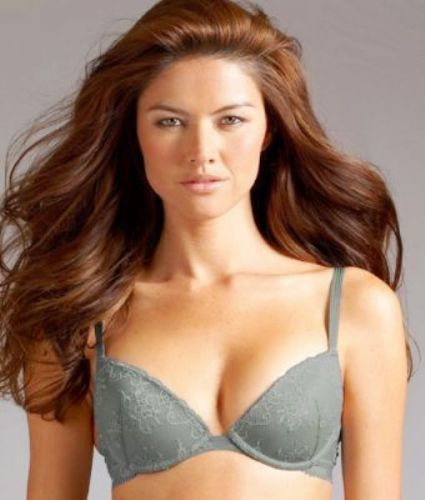 A443 Calvin Klein NEW Perfectly Fit Seduction Lace N Satin Demi Plunge Bra D3088