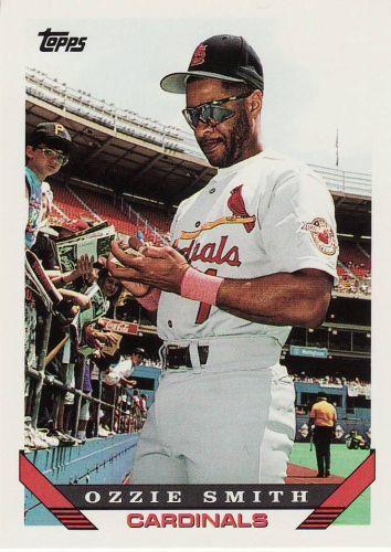 1993 Topps #40 - Ozzie Smith - Cardinals