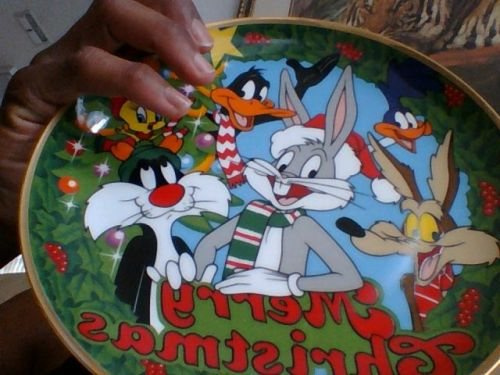 Looney Tunes Christmas Plate