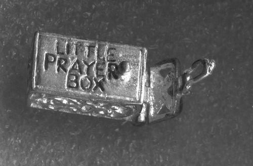 """Vintage Silver Filigree Articulated Open and Close """"Little Prayer Box"""""""