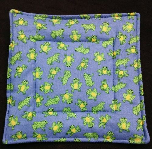 100% quilted Cotton Pot Holder Frogs design hand made