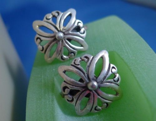 Screw Back Earrings : Vintage Taxco Mexico Sterling 925 Silver Screw Back Flower