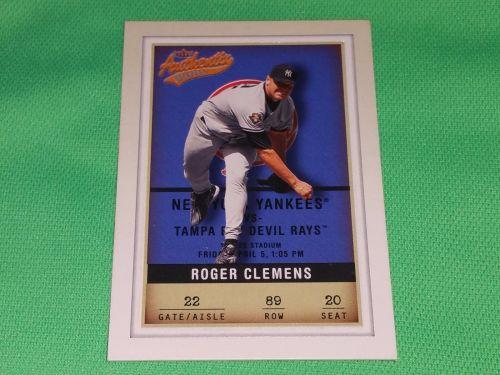 MLB Roger Clemens New York Yankees 2002 Fleer authentix Baseball MNT