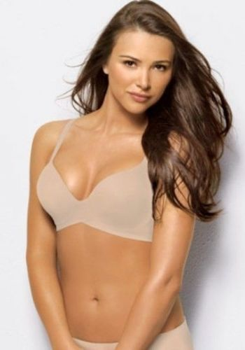 XB0055 Lilyette Intimates 809 Seamless Absolute Solutions WireFree Bra Ivory New
