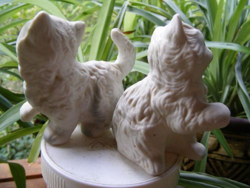 DETAILED WHITE KITTENS (2) MATCHED SET FIGURES