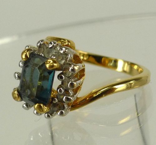 sz 4.5 Gold Vermeil over Sterling Ring w/ Rhinestones & Sapphire Blue Gemstone