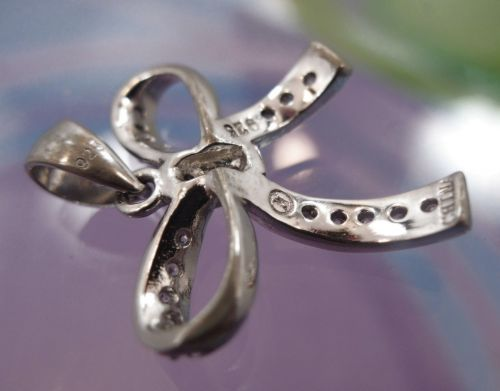 SMALL - ADORABLE - STERLING 925 SILVER BOW PENDANT w/ CZ