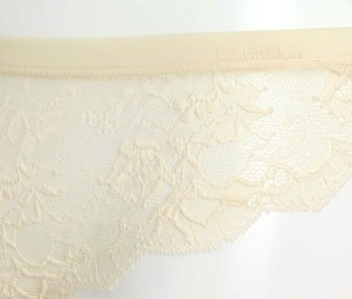 A402T Calvin Klein Seductive Comfort with Lace String Thong F2937 Dune Ivory New