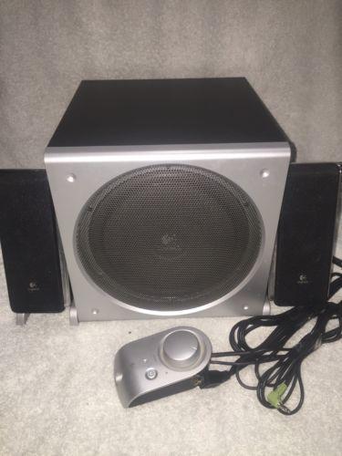 Logitech Z3 Surround Sound Subwoofer w/2 satellite Speaker System pc computer