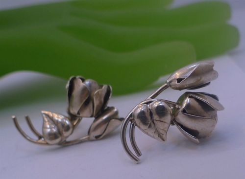 Screw Back Earrings : Vintage Sterling Silver Rose Blossom and Bud