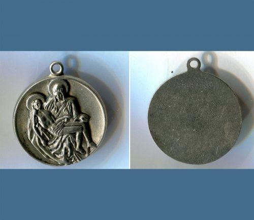 Michelangelo's Pieta MEDAL CHARM : STERLING / JESUS & MARY AFTER CRUCIFIXION