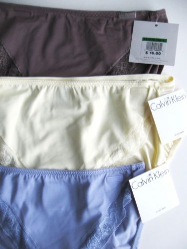 A121HL Calvin Klein NEW Women's Embroidered Lace Microfiber Hi Leg Brief F2787D