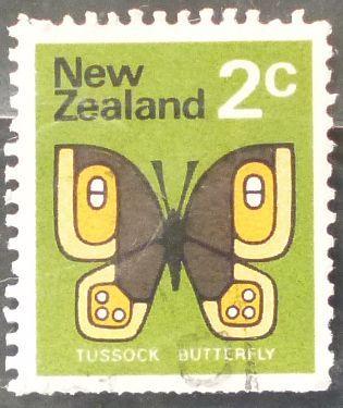 Stamp New Zealand 1970 Definitive Common Tussock (Argyropenga antipodum) 2c
